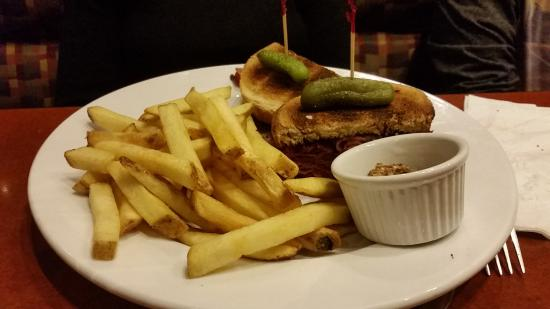 Simcoe, Canada: Old Montreal Sandwich