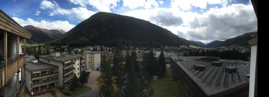 Kongress Hotel Davos: panorama from balcony facing south east