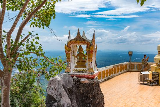 Tiger Cave Temple - Picture of Tiger Cave Temple (Wat Tham Suea), Krabi Town ...