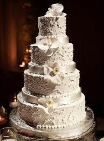 Castle Wedding Cake.Henderson Castle Wedding Cake Picture Of Henderson Castle