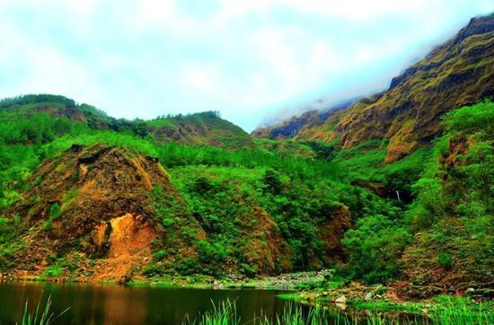 Tanralili Lake