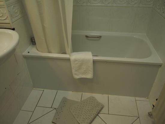 The Castlecourt Hotel: Salle de bain