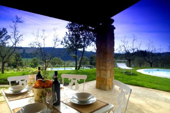 Gambassi Terme, Italia: giardino