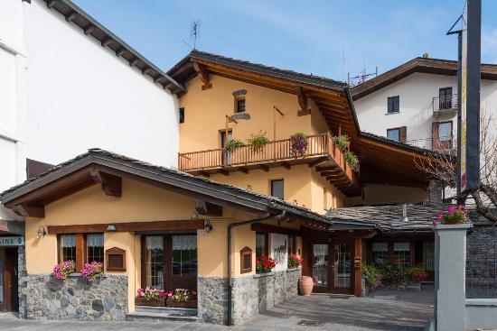 Hotel Coeur du Village: Esterno hotel