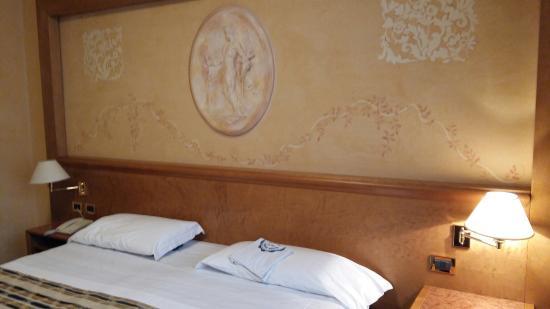 Hotel Plaza Padova: 20151212_155106_large.jpg