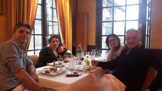 Orry-la-Ville, ฝรั่งเศส: A tavola