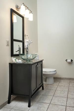 Hotel Brexton: Guest Bathroom
