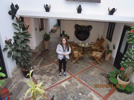 Second Home Cusco: hall