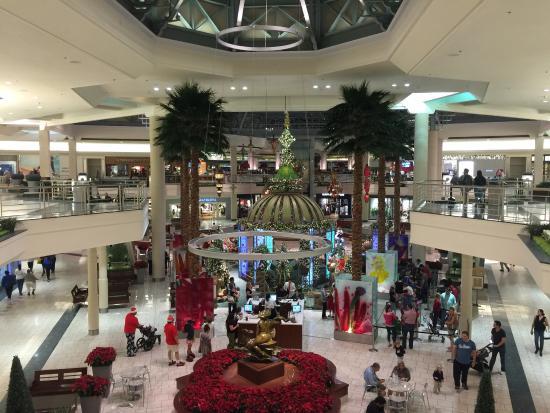 Picture Of The Gardens Mall Palm Beach Gardens Tripadvisor