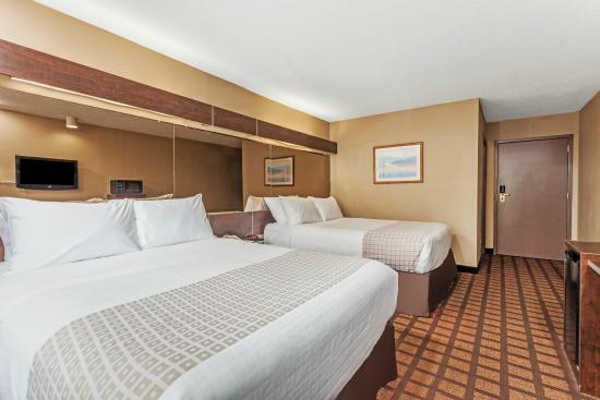 Microtel Inn & Suites by Wyndham Lexington: 2 QUEEN BED ROOM