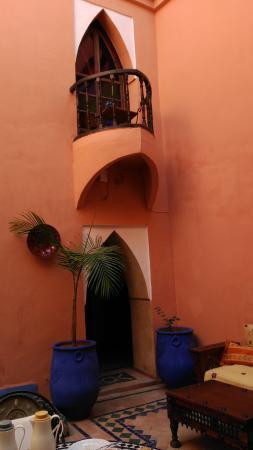 Riad Basma: patio