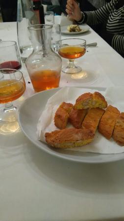 Vaiano, Itália: Alla valle come essere a casa !! Cucina genuina e casareccia,se non cercate un posto di lusso q