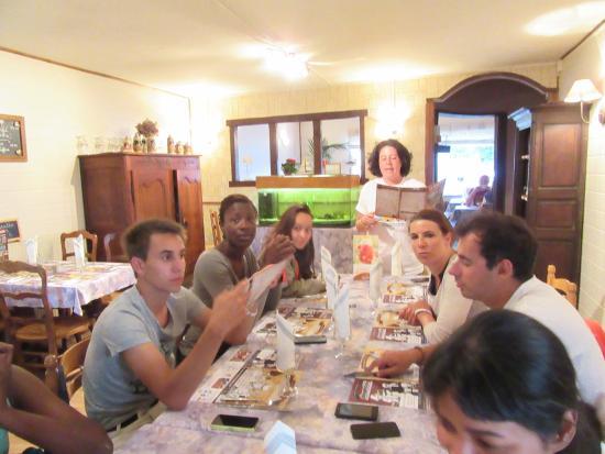 Rang-du-Fliers, Frankreich: Repas de groupe