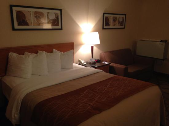 Comfort Inn Rimouski : Bed