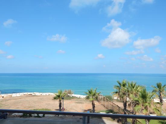 Blue Bay Hotel & Spa: vista desde la pileta
