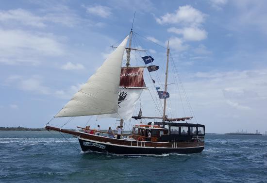 Maranoa Cruises