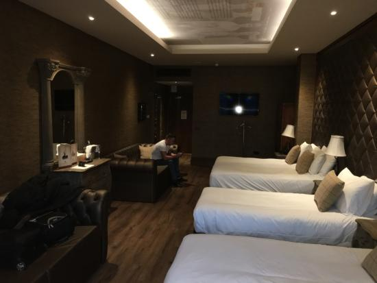 Luxury Hotels In Liverpool With Jacuzzi In Room