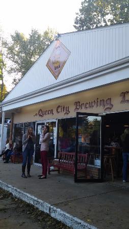 Staunton, VA: The Queen..................