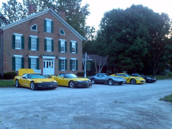 Mason House Inn and Caboose Cottage: Car club outing
