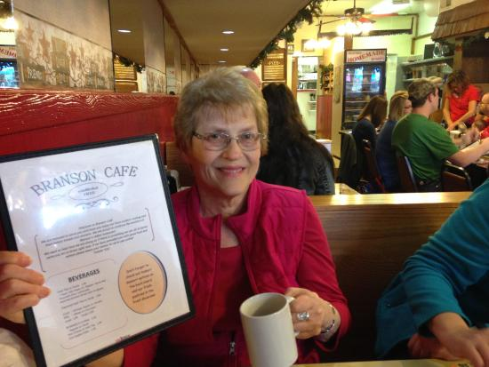 Branson Cafe: Mom remembering eating here in the 1950's