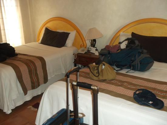 Hotel Trebol: beds