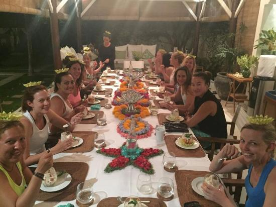 Goddess Retreats: Communal Goddess Dinner