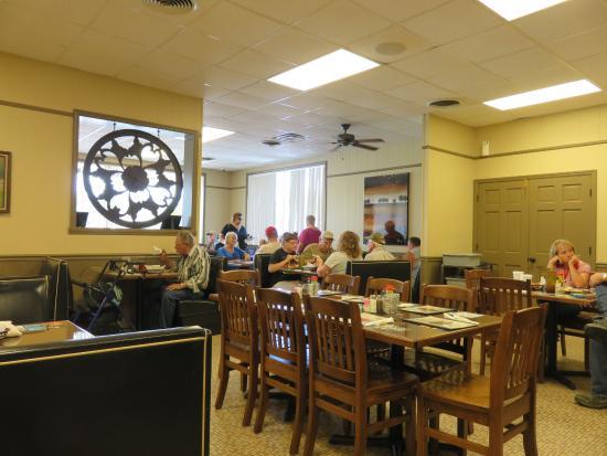 Interior - Edna's Restaurant