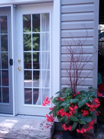 Eugenia, Canada: South Bedroom Entrance