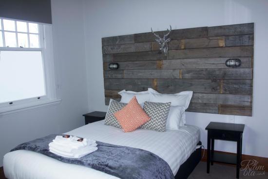 Pirongia, New Zealand: Hotel Bedroom