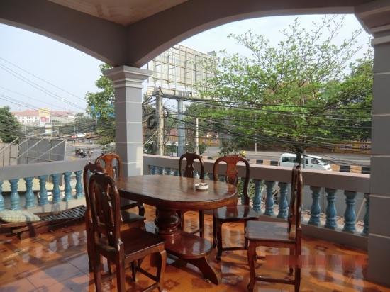 Takeo Guest House: 2階ベランダからの眺め