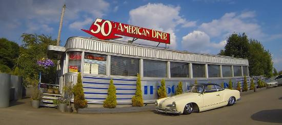 The 50s american diner picture of 50 39 s american diner for 50 s diner exterior