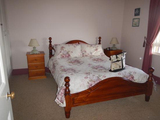 Deloraine, ออสเตรเลีย: Main Bedroom