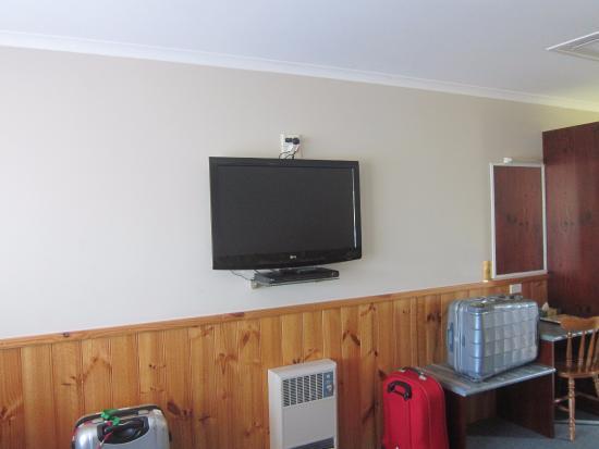 Kentish Hills Retreat: Large TV