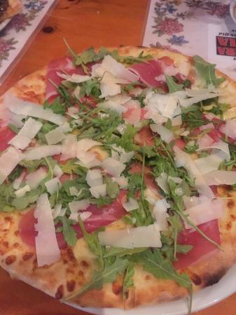 Nick's Swiss Italian Restaurant: Parma & Parmesan pizza