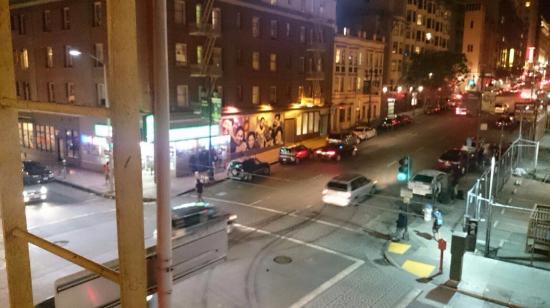 Best Hotel: Улицы вечером