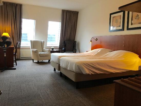 Hotel Brasserie De Stobbe: Mooie ruime kamers