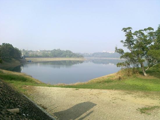 Lan Pond Dam
