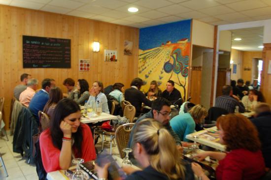 Chauvigny, ฝรั่งเศส: La salle avant rénovation