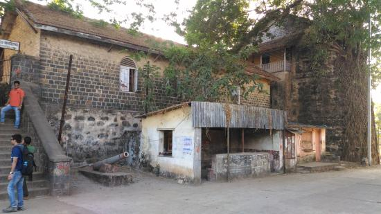 Bordi, India: Outside View1