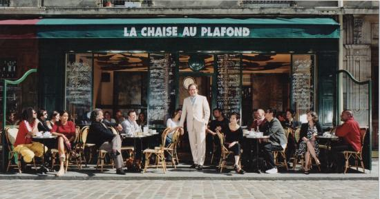 My first time here picture of la chaise au plafond - La chaise au plafond reims ...
