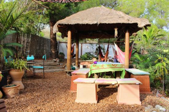 Restaurante la siesta d 39 altea en altea con cocina otras cocinas - El jardin de los sentidos ...