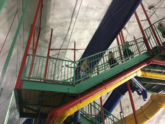 Splash Bay Indoor Water Park : photo1.jpg