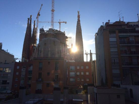 Sensation Sagrada Familia: View from our room on the 1st floor!