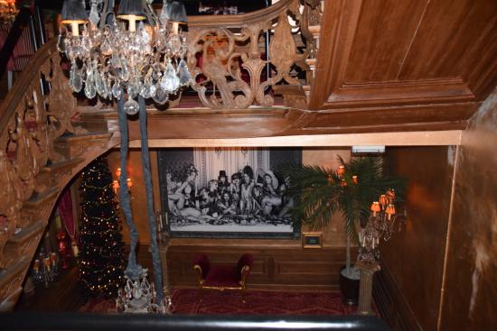 Humphrey's: Zicht in trappenhuis