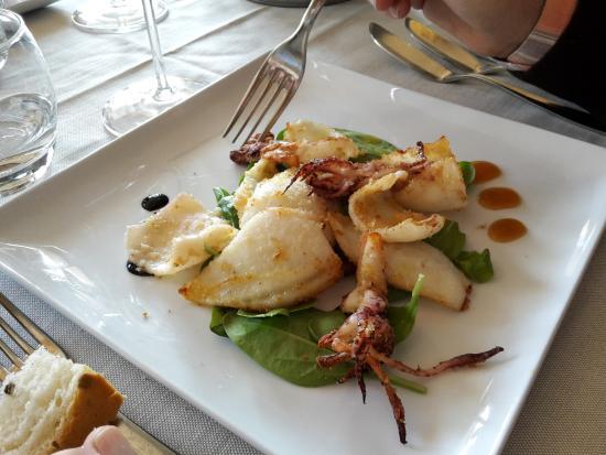 12 Ristorante: calamari e patata viola