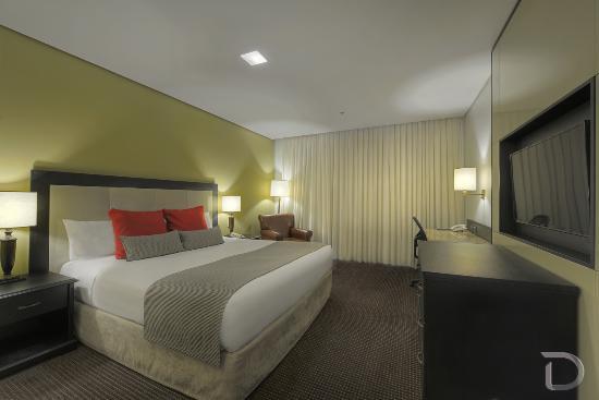 Hotel Deville Prime Porto Alegre : Apartamento Luxo Casal King