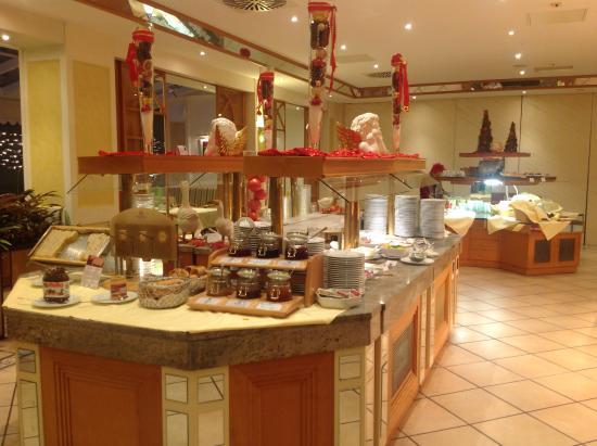 Biersdorf, Tyskland: buffet petit déjeuner