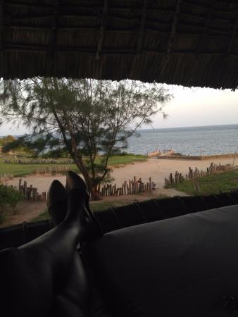 Lonno Lodge: I spent all my time in the hammock banda! Bliss.