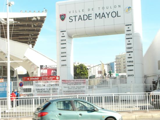 euforie dans la tribune lafontan photo de stade mayol toulon tripadvisor. Black Bedroom Furniture Sets. Home Design Ideas