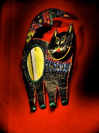 Croissanteria Dulceria Bianchini : ...die Katze an der Wand
